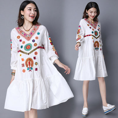 Vintage 70s Mexican Boho Hippie Floral Embroidered Ethnic Loose White Long Chic Women Dress