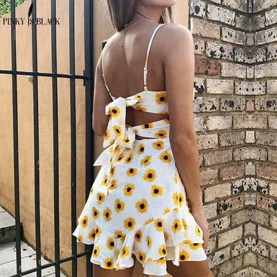 Pinky Is Black strap boho summer dress women ruffle sexy backless dress women Floral print bow tie short beach dress vestidos