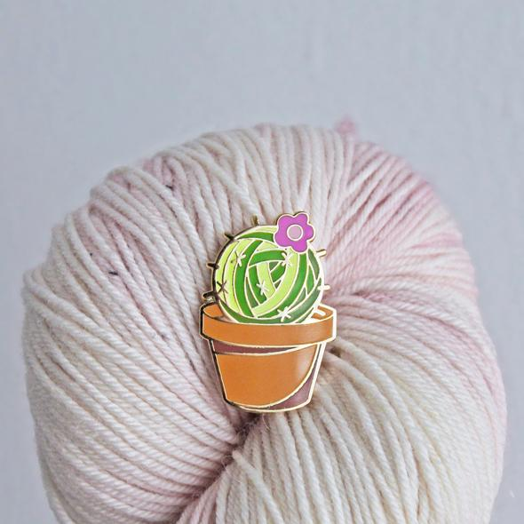 Prickly Yarn Pin
