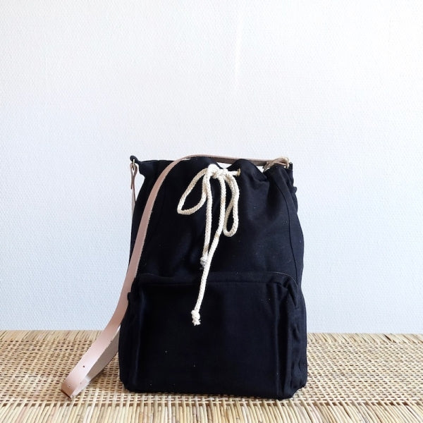 Plystre Cross Body Black