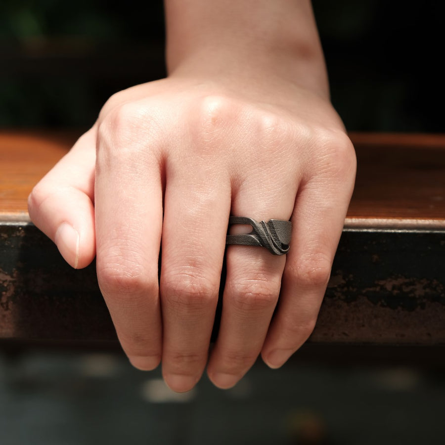 Velum Steel Ring