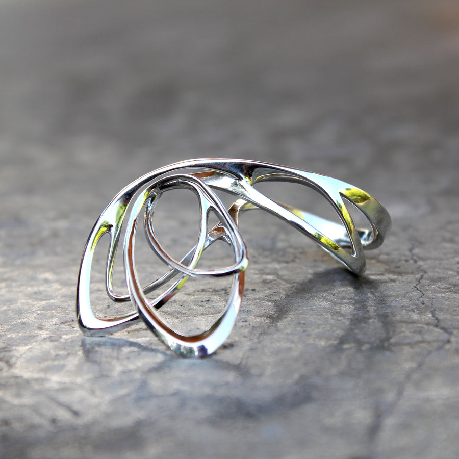 Papilio Ring ─ Light