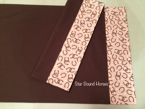 Pillowcases - Brown with Pink Horseshoes