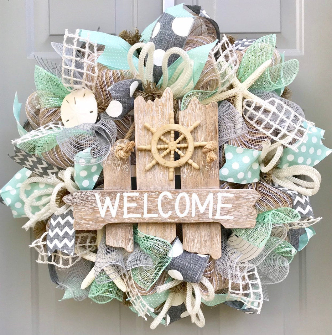 Welcome Beach Burlap Deco Mesh Wreath with Seashells, Seashell Wreath, Beach Wreath, Starfish Wreath