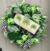 St Patrick's Day Welcome Wreath, Shamrock Decor, Happy St Pattys Day