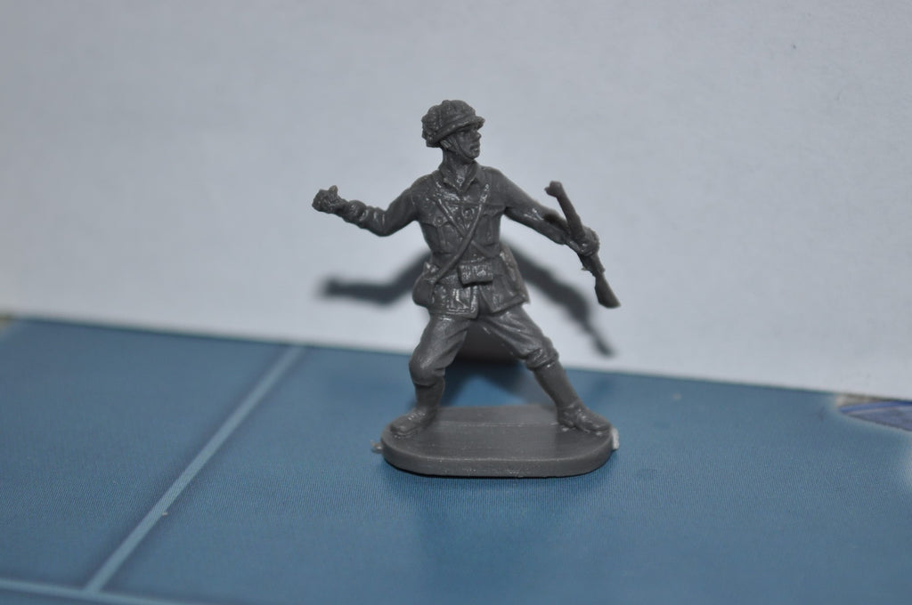 1/72 Caesar World War 2 Italian Soldier