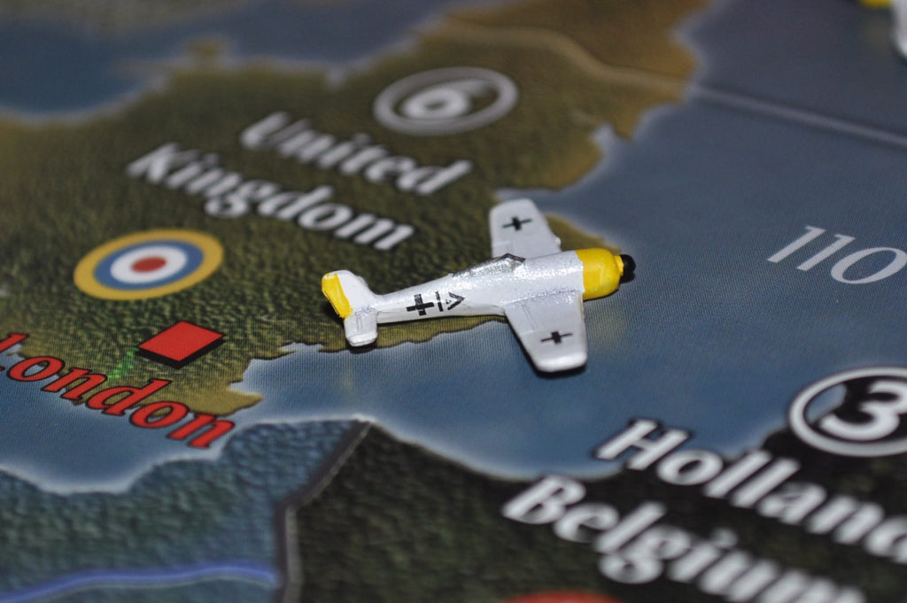 Custom Painted German FW-190 Fighter in White
