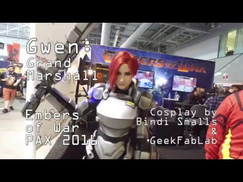 Gwen cosplay by Bindi Smalls at PAX East