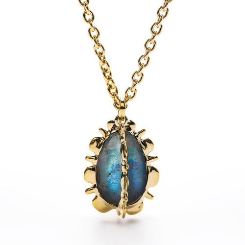 Bliss Pendant Necklace in Blue Labradorite