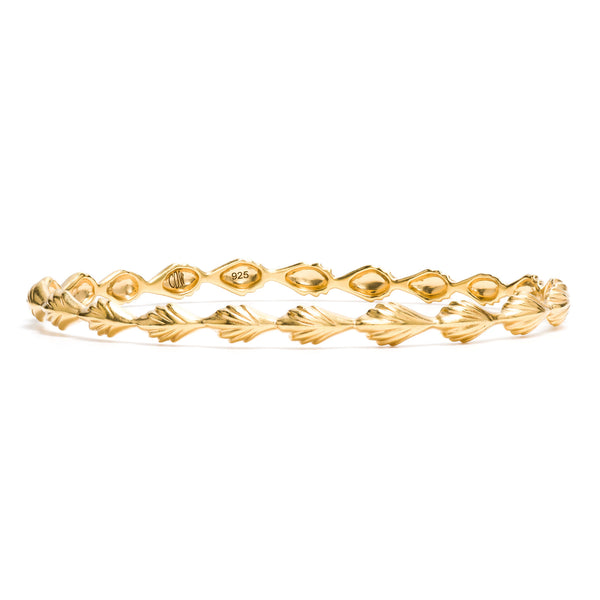 Comet Petite Bangle in Gold