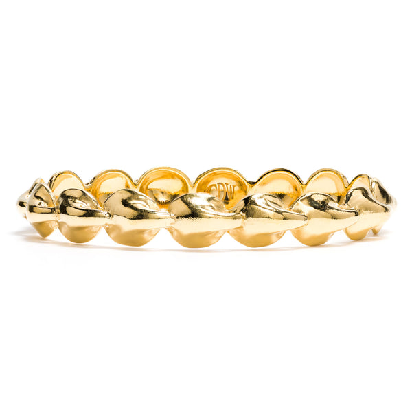 Kisses Standard Bangle in Gold