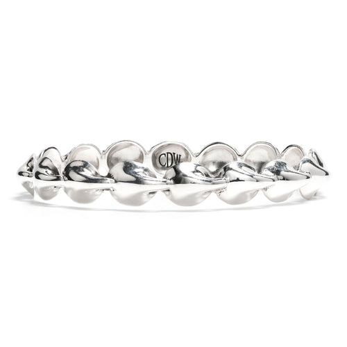 Kisses Standard Bangle in Silver