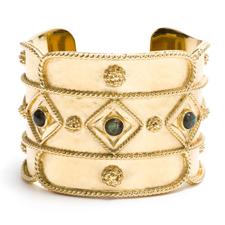 Kisses Wide Bangle in Gold