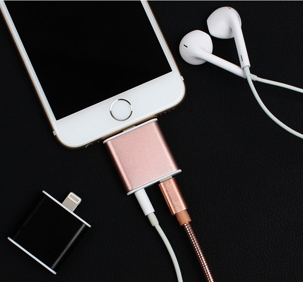 2 in 1 iPhone 7 Headphone/Charger Adapter
