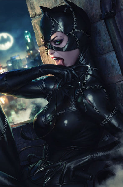 CATWOMAN #15 B Stanley Lau Artgerm Animated CARD STOCK Variant Batman Returns (09/11/2019) DC