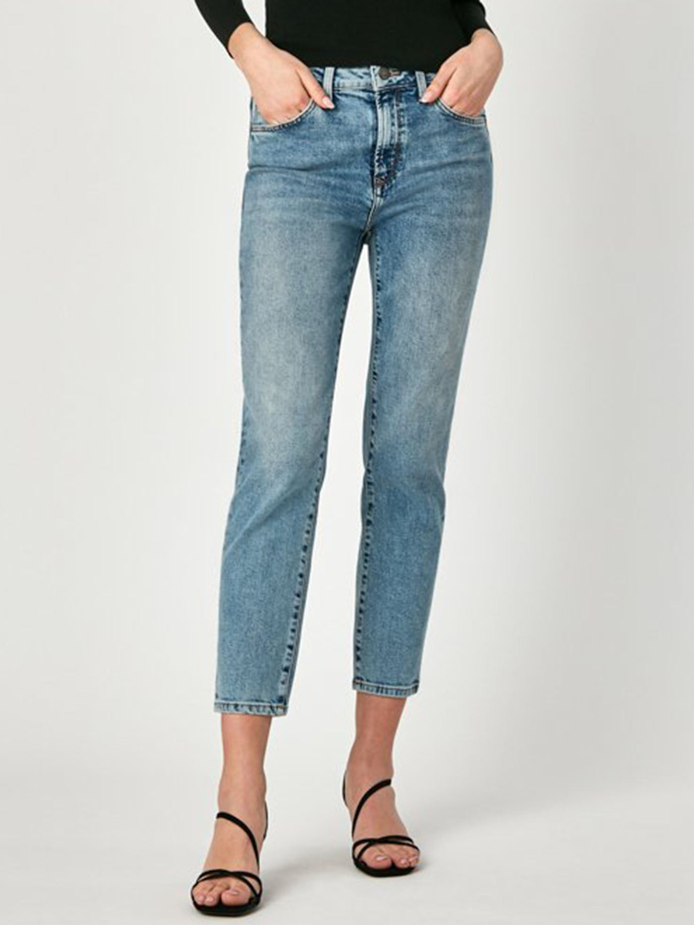 Lea High Rise Boyfriend Ankle Fit Jeans