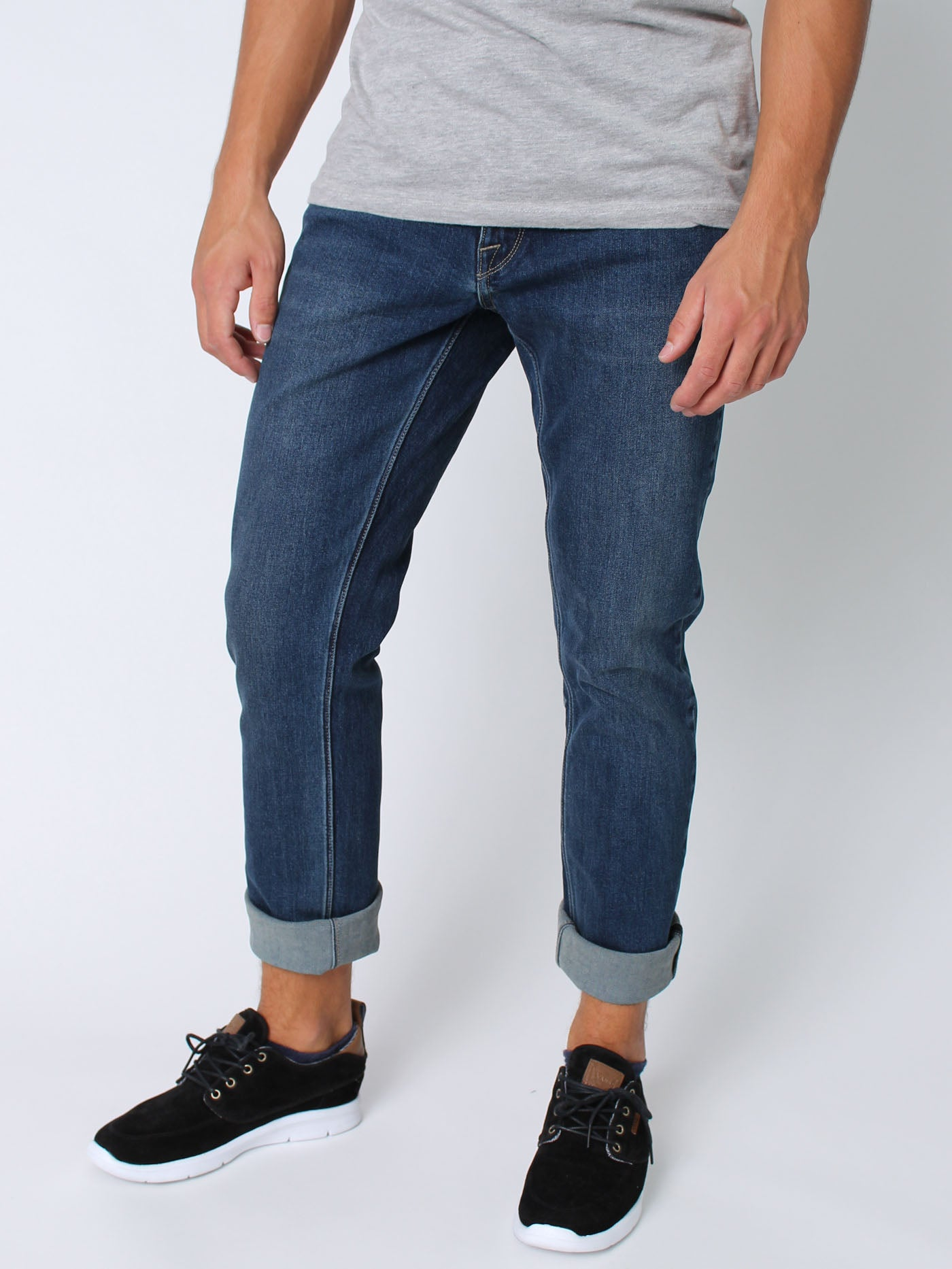 MEDIUM BLUE WASH (MBW)