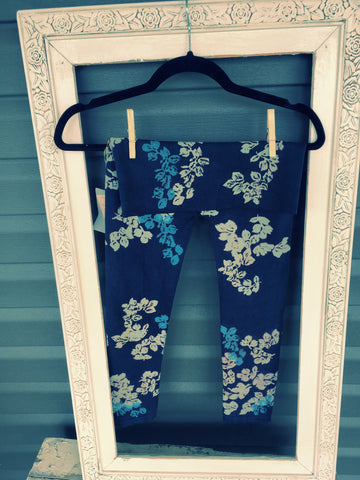 Navy Leggings With Grey and Blue Blossom Pattern