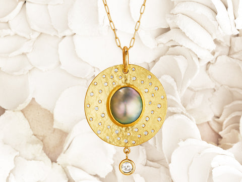 Hammered-Gold-Solid-Opal-Round-Pendant-Scattered-Diamonds-Sea-of-Cortez-Mabe-Pearl-thesis-gems