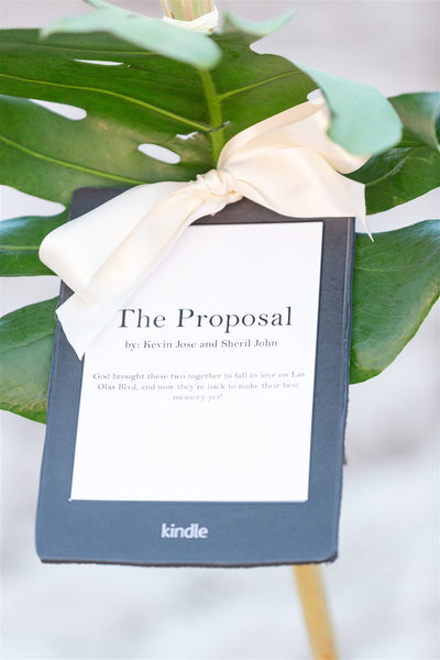 Florida proposal, beach proposal, ocean proposal, Polynesian proposal, tropical proposal, boho proposal, the yes girls events, proposal planners, the box sock, thin ring box, pocket sock, hidden engagement ring box