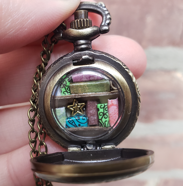 Mini Pocket Watch Library, Antique Gold