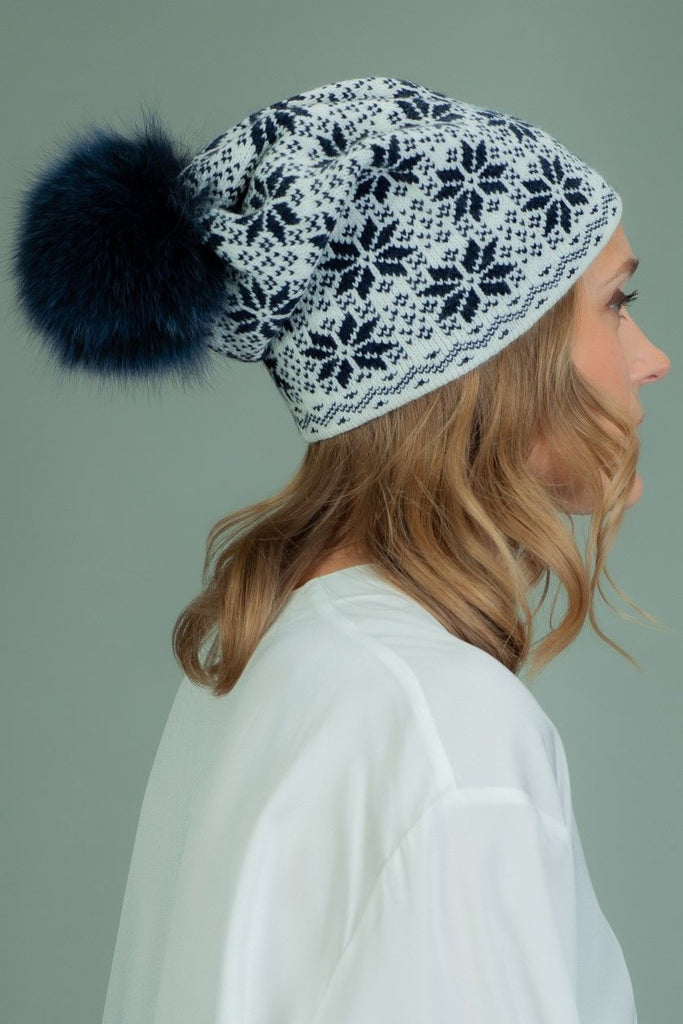 Slouchy Wool Hat with Fur Pom-Pom with Star Pattern - Dark Blue