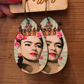 Frida queen leather earrings