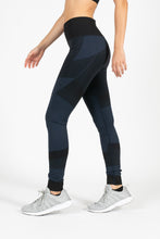 Score Seamless Tight