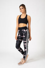 Ultra Camo Collegiate Legging (Blush/Silver)