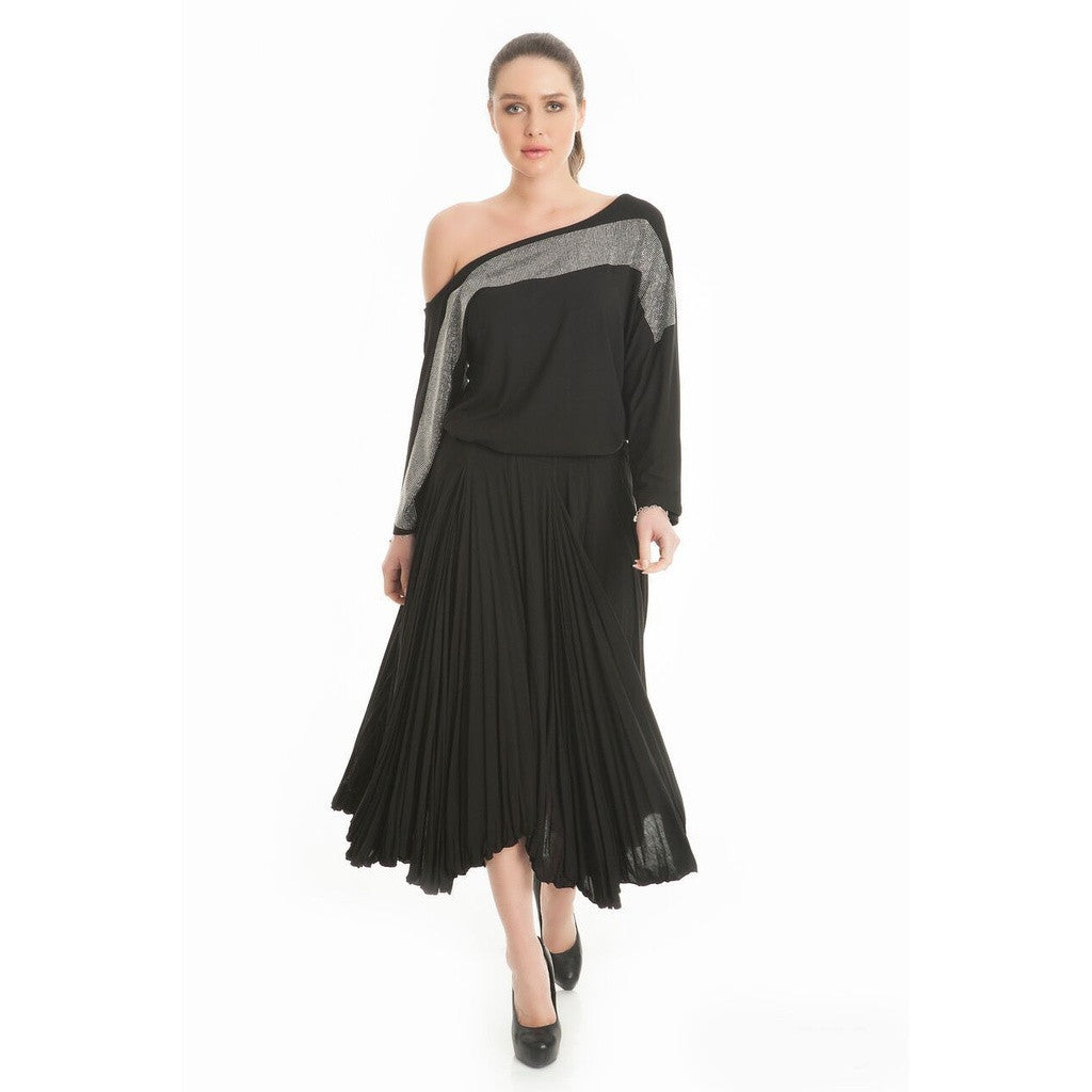 Plus size Black Pleated Skirt