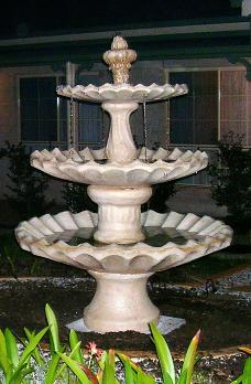 Scallop - 3 Tiers with Acorns fountain