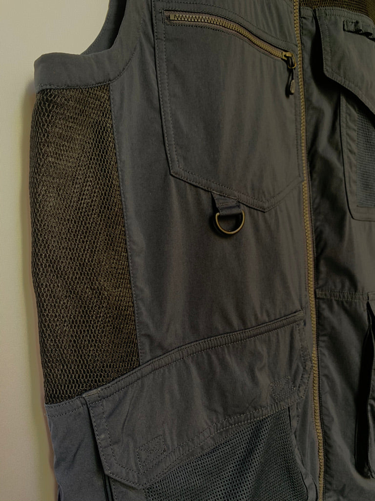 Takhi Vest - AS IS - small mark