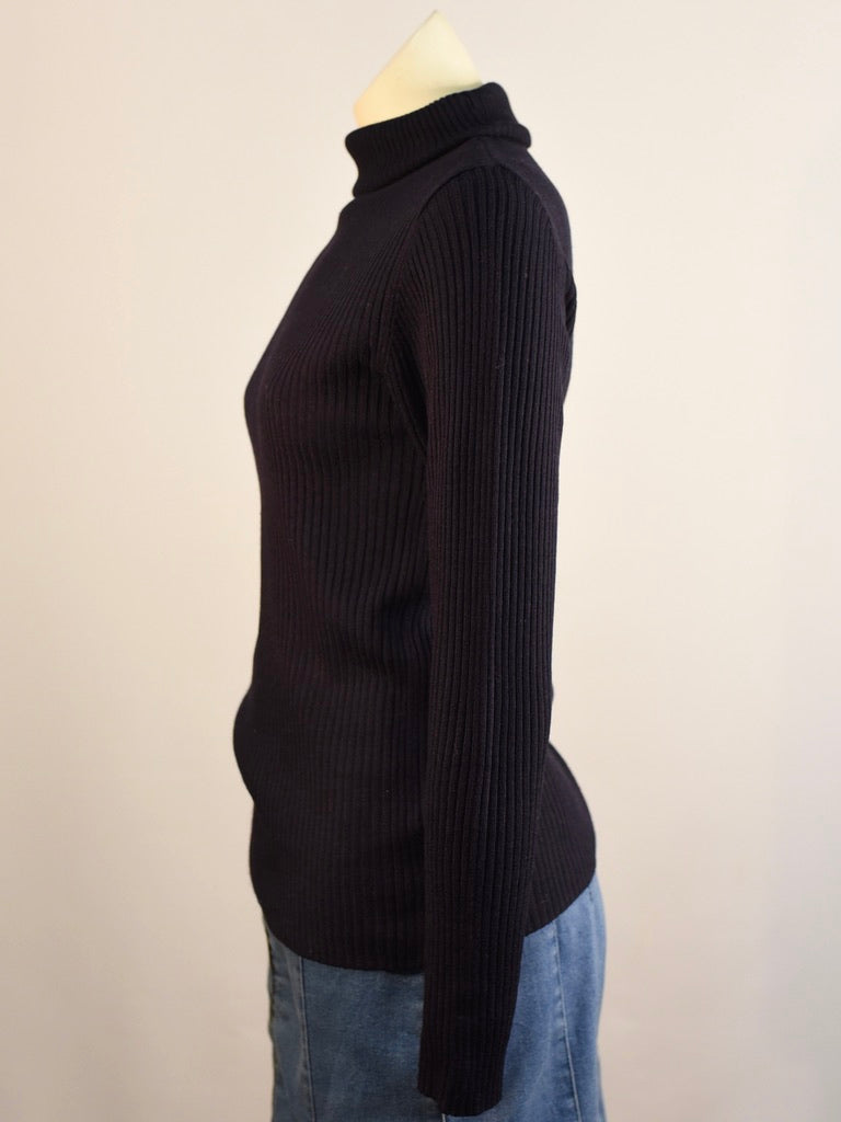 Onyx Turtleneck
