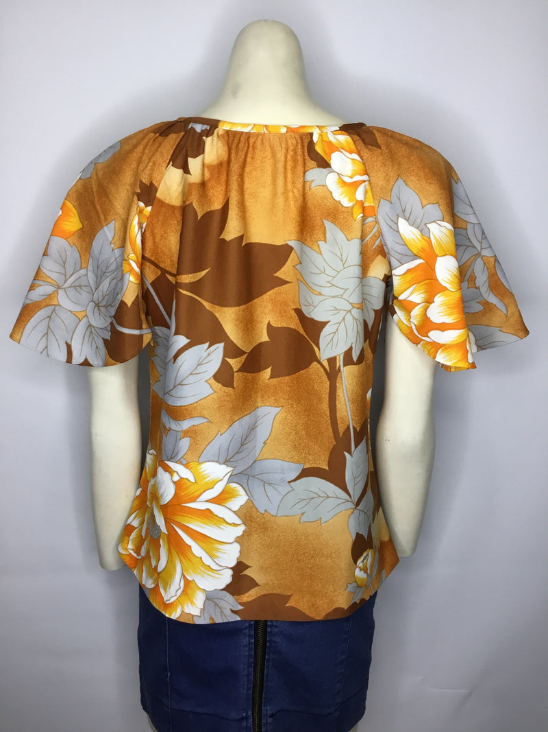Hawaiian Fashions Top - AS IS - small hole