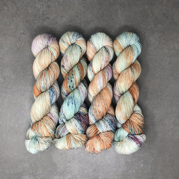 Brick House - Traveling Yarn
