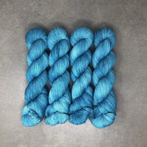 Do Me a Solid - Traveling Yarn