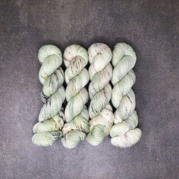 Granny Smith - Traveling Yarn