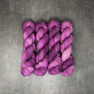 Hemlock - Traveling Yarn