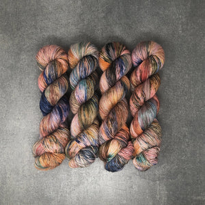 Horseshoe Bend - Traveling Yarn