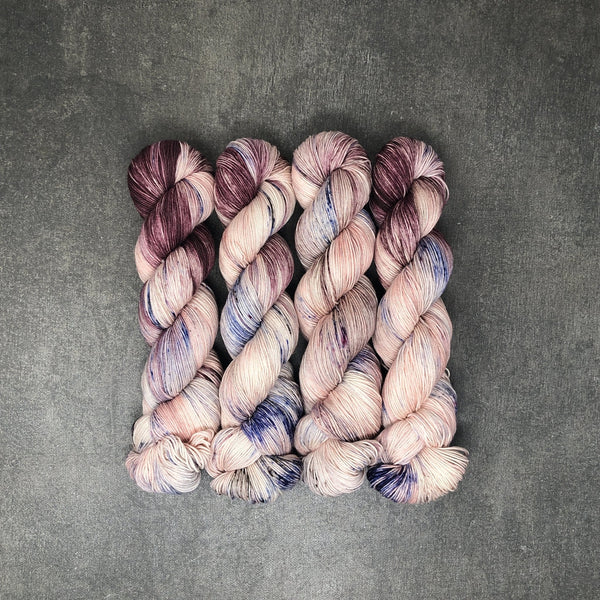 Love Oracle - Traveling Yarn
