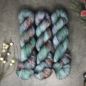 Wholesale Mistletoe - Traveling Yarn