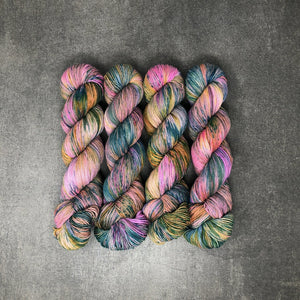 Wholesale Pickled Pink - Traveling Yarn