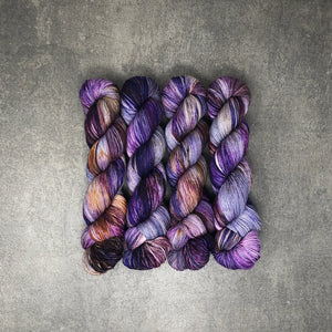 Witchy Woman - Traveling Yarn