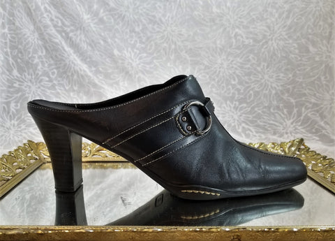 A2 by Aerosoles black leather mules