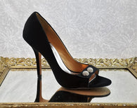 Badgley Mischka black satin pumps