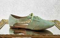 Restricted mint leather oxfords