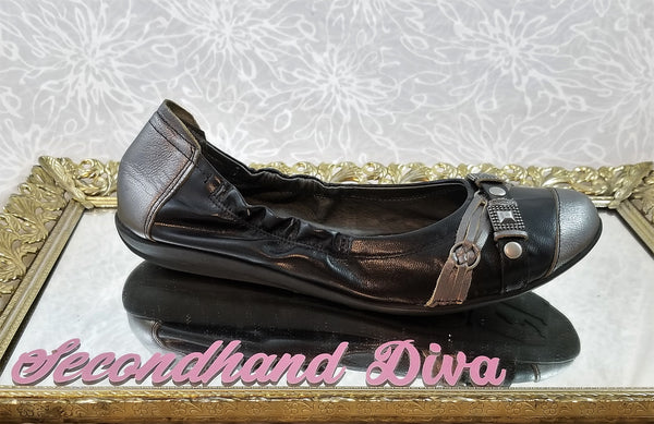 Fugitive by Francesco Rossi black leather industrial flats