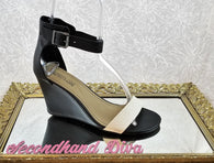Kenneth Cole Reaction black and white wedges
