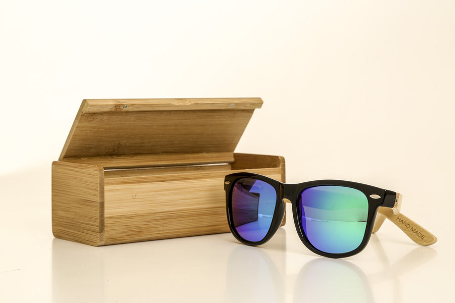 Bamboo Sunglasses with Bamboo Case