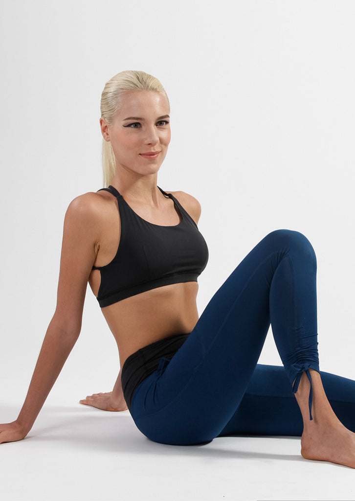 Wanderer Legging in Navy + Mirror Bra Set